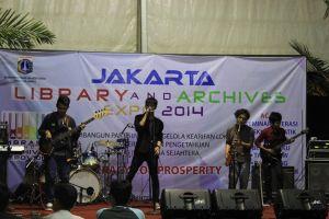 Penampilan Grup Band Lokal Jakarta