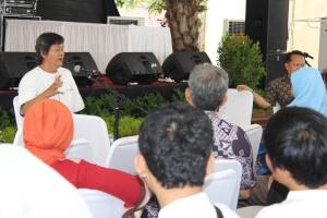 Diskusi Literasi dan Pengelolaan TBM Bersama Gol A Gong