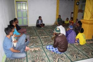 TIM Safari GKM #27 berbincang dengan Warga Masyarakat di kampung Sukawangi Peundeuy